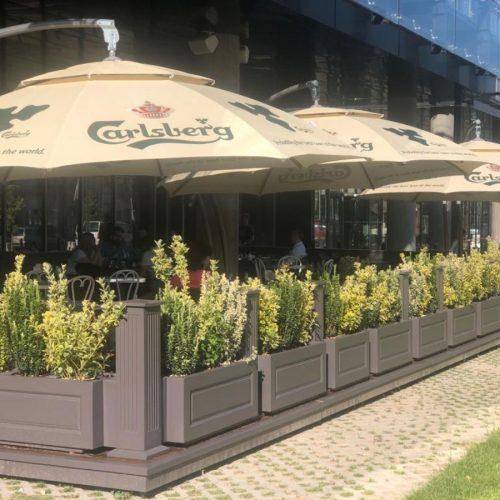 Terasa The Mark Restaurant & Pub